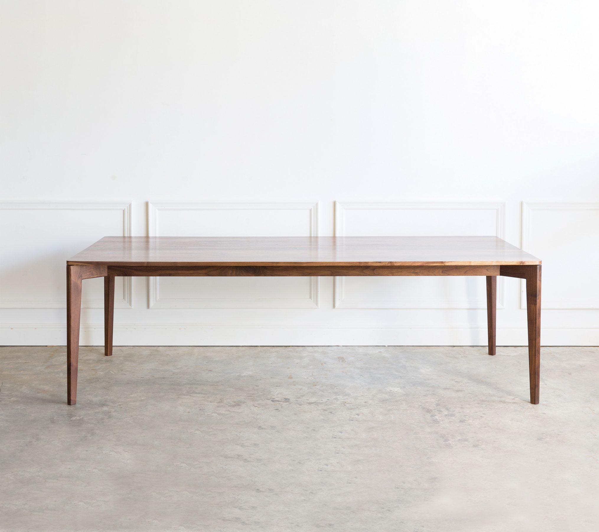 Ivor Table