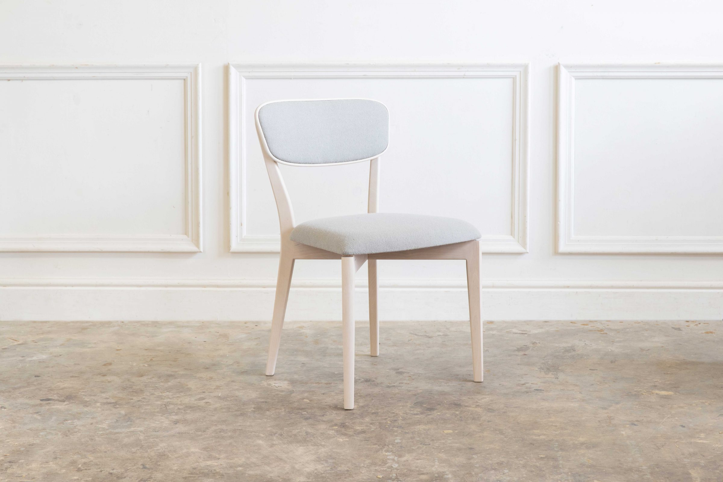 Ivor Chair 001