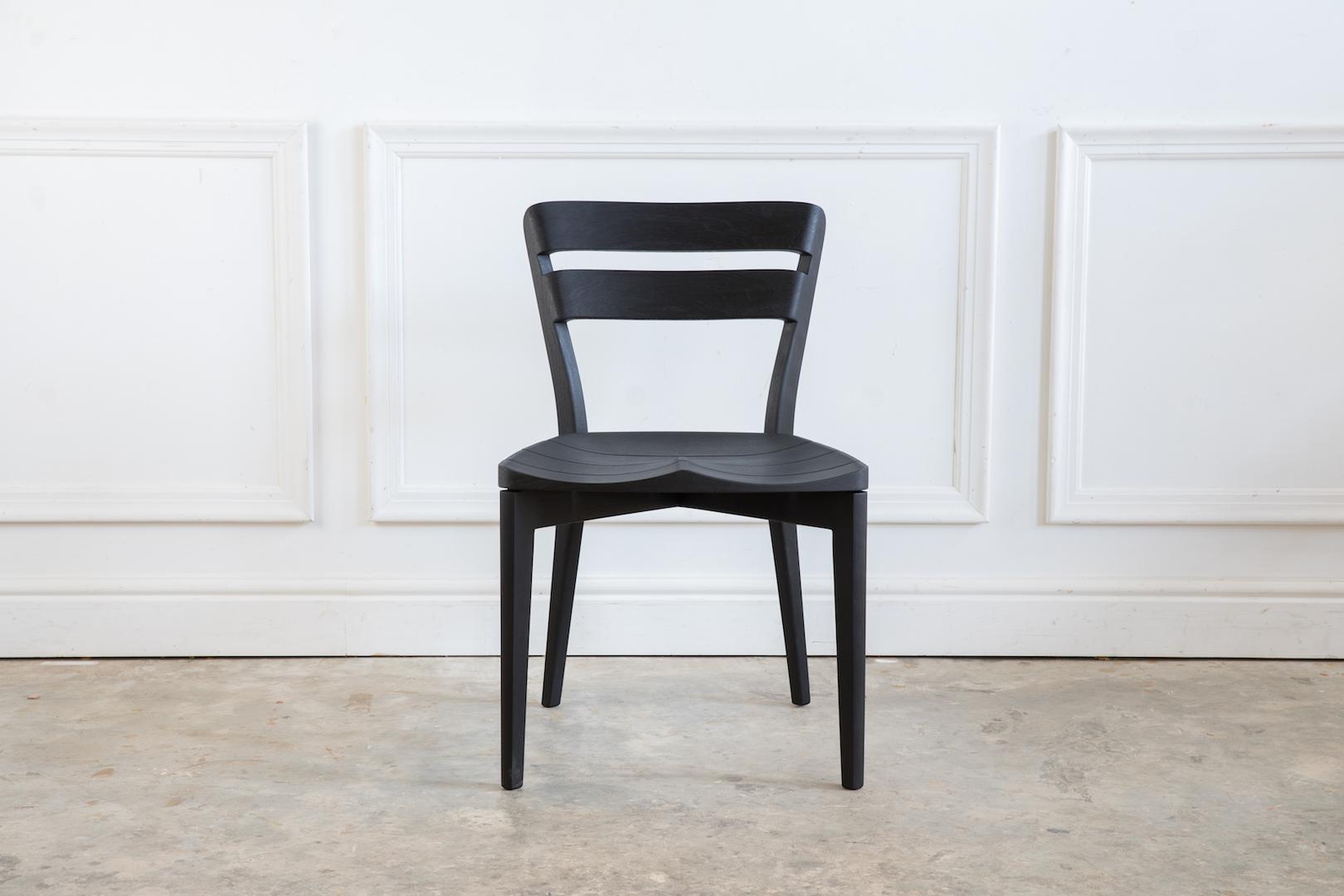 Ivor Chair 002